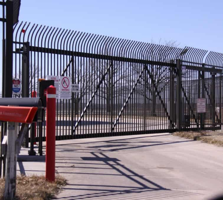 commercial sliding gate